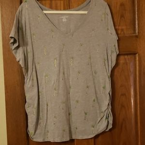 Lane Bryant Gray Tee w/Palm trees 22/24